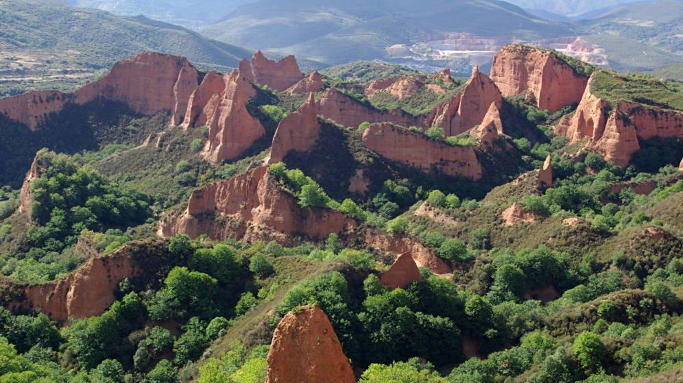 las-medulas-del-bierzo-ruta-guiada-por-la-mina-romana-de-leon